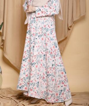 Dress : RM50-RM99